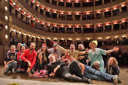L'esibizione dei Fuori di Quinta per la rassegna Città di Asti