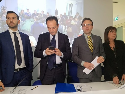 """Coronavirus, la Regione si muove a sostegno dell'economia piemontese: """"Mercoledì incontreremo Conte e il Governo"""" [VIDEO]"""