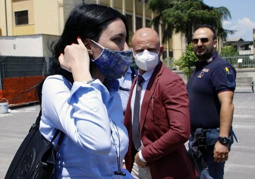 Il ministro dell'Istruzione, Lucia Azzolina, ritratta nel corso della sua recente visita a Torino