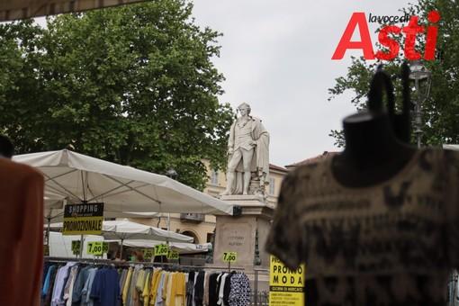 Continua la querelle infinita tra la Commissione mercati di piazza Alfieri e l'Amministrazione