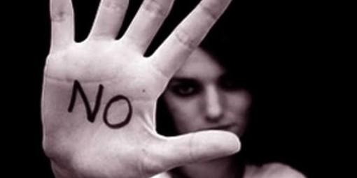 """Al Teatro Alfieri lo spettacolo """"Il nostro nome...donne"""" sulla violenza di genere"""