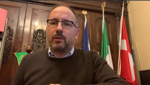 """Coronavirus, Rasero: """"Virus forse più vicino di quanto immaginavamo, ma non bisogna fare allarmismo"""" (VIDEO)"""