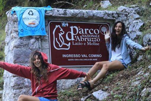 """""""Turn Around Rec"""", l'iniziativa sostenibile che pulisce le spiagge italiane è partita da Genova"""