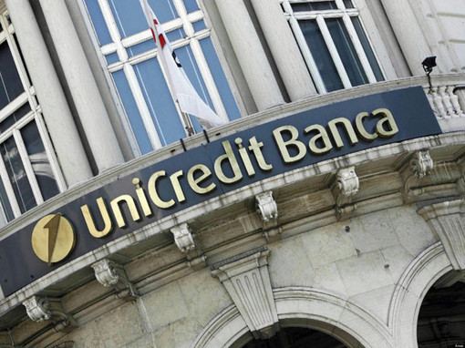 Unicredit taglia 500 filiali e 8mila dipendenti