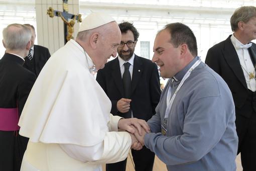 Don Mauro Canta ritratto con Papa Bergoglio