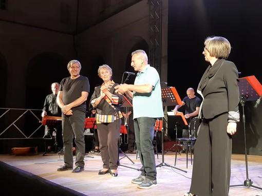 """Successo per lo spettacolo solidale """"Rosmunda"""" al Michelerio"""
