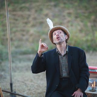 Massimo Barbero, protagonista dello spettacolo in scena domani a Montafia