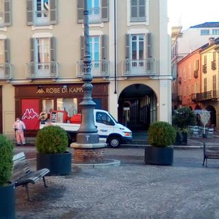 Intervento di Asp per la pulizia straordinaria del centro cittadino, tra piazza San Secondo e Statuto