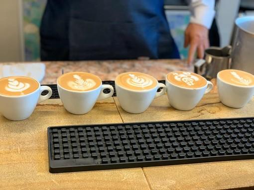 Interessante lezione su caffetteria e drink per gli studenti del Penna di San Damiano