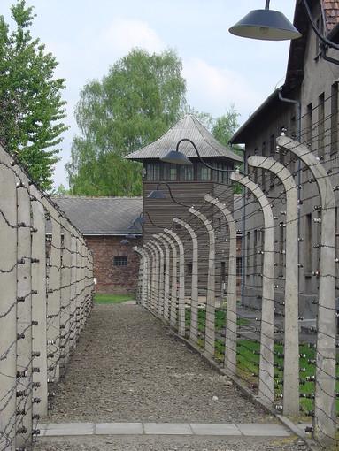 Uno scorcio del lager di Auschwitz