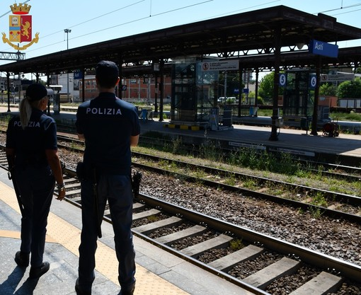 Asti: rintracciato sul treno nigeriano 24enne con un ordine di carcerazione per reato di evasione