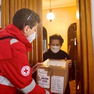 L'inarrestabile impegno, non soltanto sul fronte Covid, dei volontari della CRI