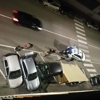 Incidente in corso Alessandria: un'auto ha abbattuto il dehor di un bar [GALLERIA FOTOGRAFICA]