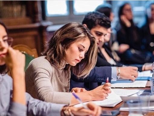 La maturità che non ti aspetti: lo straordinario percorso scolastico di Emilia Bezzo
