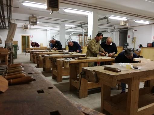 A Montegrosso d'Asti laboratorio di falegnameria