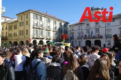 Un immagine della manifestazione astigiana del 15 marzo scorso
