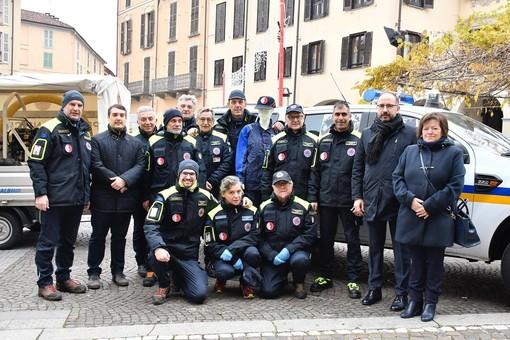 Foto di gruppo associazione Protezione Civile Geometri di Asti