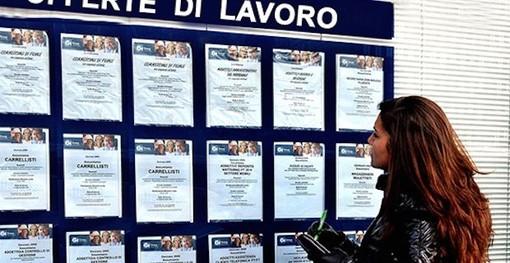 Il lavoro soffre anche online: da inizio anno offerte scese di un terzo, Piemonte al quarto posto tra le regioni