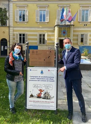 Il sindaco di Canelli Paolo Lanzavecchia e l'assessore all'Ambiente Silvia Gibelli