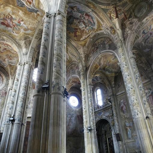 I ricchi interni della Cattedrale cittadina