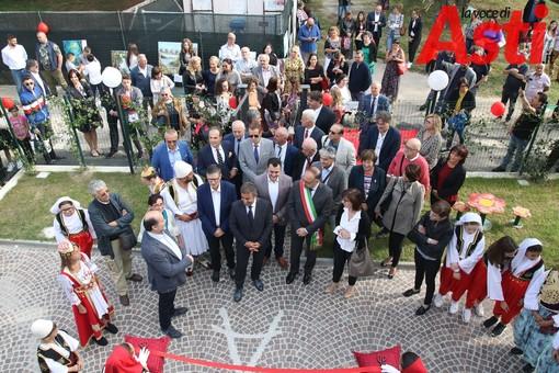 Comunità albanese in festa con l'inaugurazione del primo Centro culturale albanese d'Europa [FOTOGALLERY]