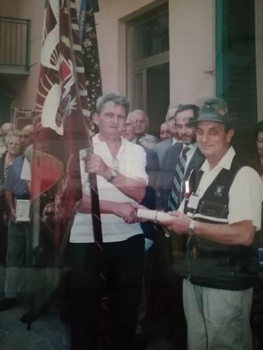 La foto, risalente al 1999, fa riferimento ai festeggiamenti per il centenario della Società Operaia Agricola di Mutuo Soccorso di Portacomaro Stazione