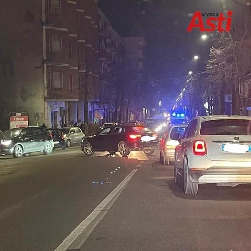 Rallentamenti in corso Savona per un incidente