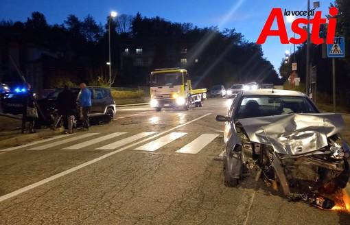 Tre auto gravemente danneggiate in un incidente a Castelnuovo Don Bosco