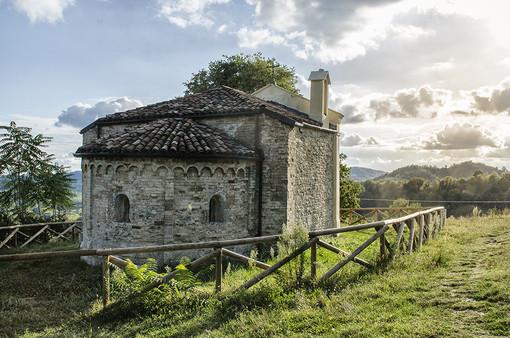 La chiesa di San Michele a Tonengo