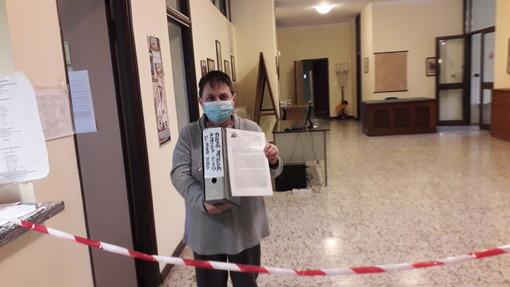 A Cisterna d'Asti raccolte firme contro la nuova realizzazione di un impianto di telefonia cellulare