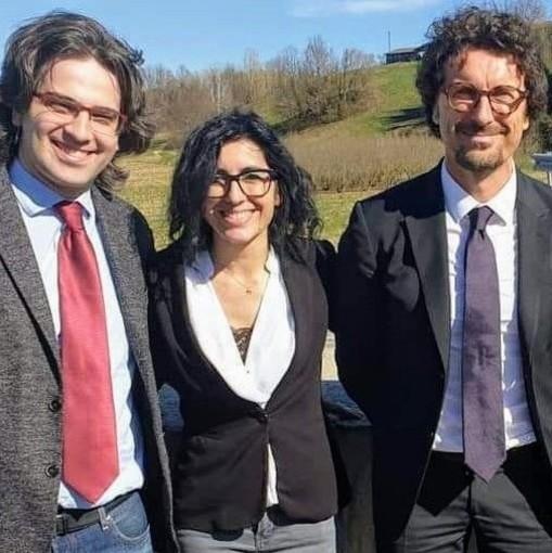 La neo ministra Dadone con il deputato astigiano Romano e l'ex ministro Toninelli