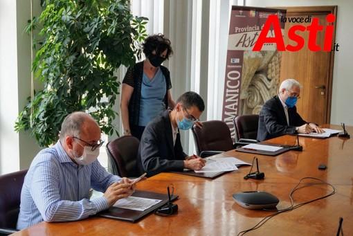 Il sindaco Rasero e il presidente Lanfranco ritratti nel corso della conferenza stampa in Provincia (Ph. Efrem Zanchettin - MerfePhoto)