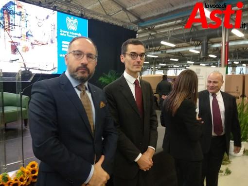 Sindaco di Asti e presidente della Provincia ritratti nel corso di un evento organizzato dall'Unione Industriale nel novembre 2019