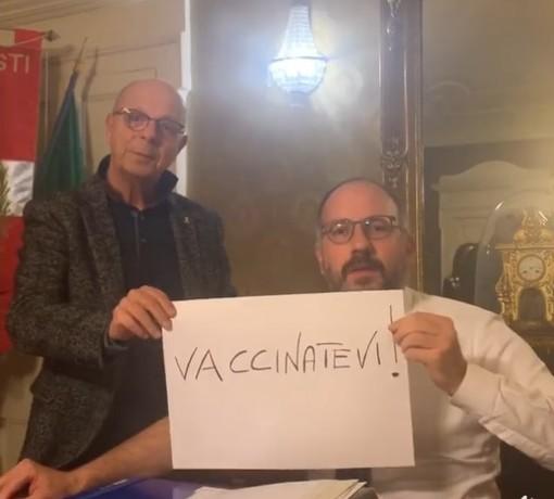 """Nuovo appello social pro vaccinazioni del sindaco Rasero: """"VACCINATEVI!"""" [VIDEO]"""