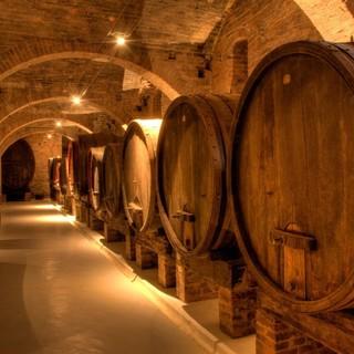 Stanziati 9,5 milioni di euro a sostegno dello stoccaggio di vini italiani di qualità