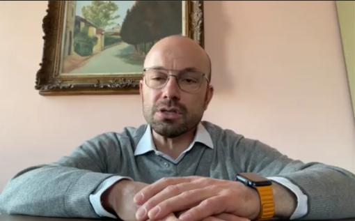 Il sindaco di Portacomaro, Alessandro Balliano in diretta Facebook
