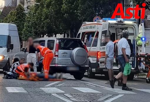 Asti: incidente auto-moto in corso Dante