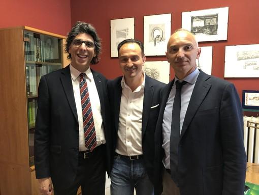 Zuccaro (a sinistra) e Allasia, ritratti con il governatore del Piemonte Alberto Cirio