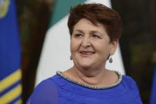 Sabato il ministro Bellanova incontra l'agricoltura astigiana