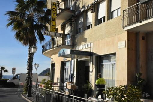 Coronavirus, per i 43 turisti piemontesi in isolamento ad Alassio è previsto il trasferimento a Villanova d'Asti