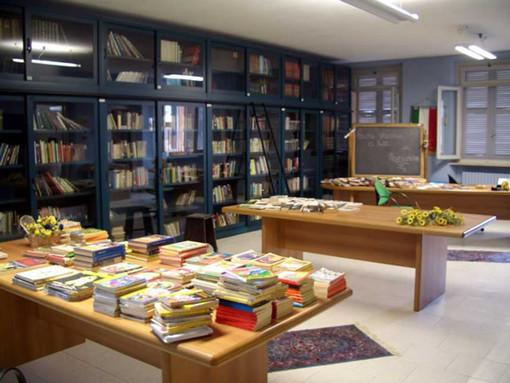 """Chiude al pubblico dal 2 marzo la Biblioteca Astense e riattiva il servizio """"Sulla soglia"""""""