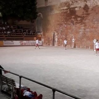 Tamburello a muro, Montechiaro batte Casa Paletti a Tonco, 14-19