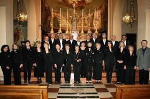 """""""Angelus"""" suggestivo concerto a Viatosto del Coro Csc Valrilate. Ospite il Coro Polifonico di Crescentino"""
