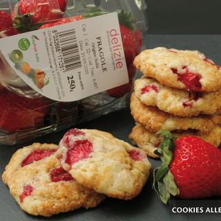 I MercoledìVeg di Ortofruit oggi propongono la deliziosa ricetta dei cookies alle fragole