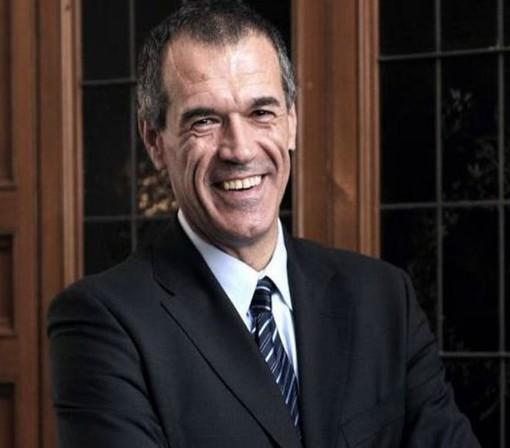 """Appuntamento con Carlo Cottarelli, che spiegherà le """"bufale"""" sull'economia alle quali crediamo"""