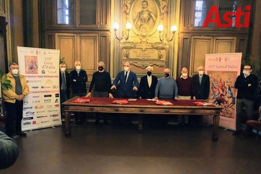 Ad Asti in Comune la conferenza stampa resoconto sul Giro d'Italia