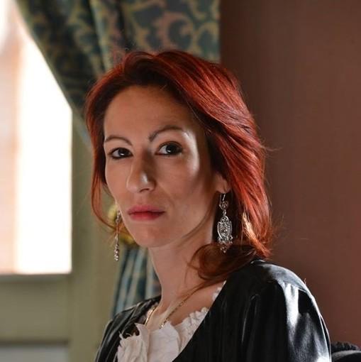 """La scrittrice e giornalista Manuela Caracciolo presidente di giuria del Premio Letterario """"Raccontami il Natale"""""""