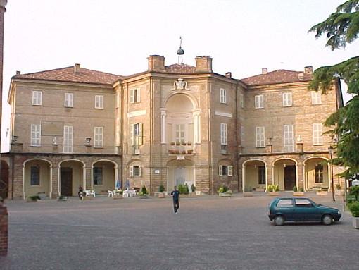 A Castell'Alfero si visitano le Sale del Castello e il Museo etnografico