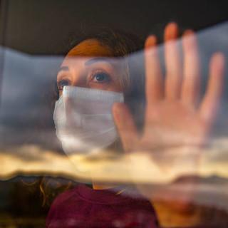 Coronavirus, a giugno scendono sotto quota 100 i contagi sul lavoro in Piemonte