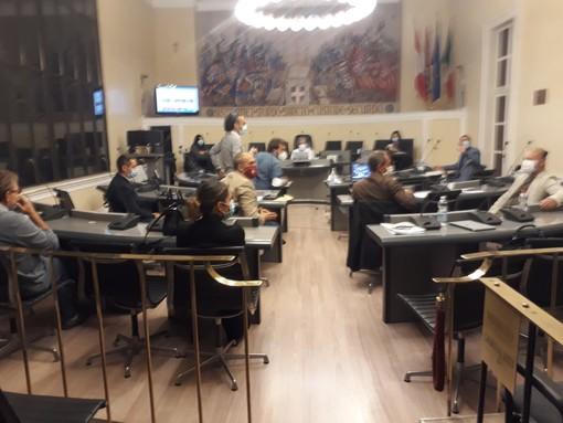 """Asti, ancora tensioni in Consiglio comunale: """"scintille"""" tra il sindaco Rasero e il capogruppo M5S Cerruti [VIDEO]"""